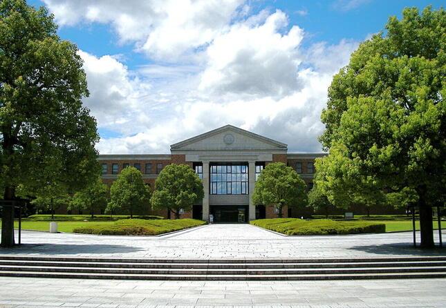同志社大学ラーネッド記念図書館