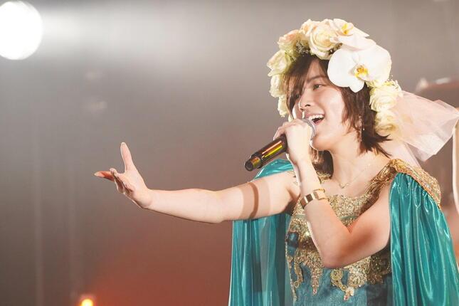 松井珠理奈の卒業公演では14曲中4曲のみに登場する異例の構成となった (c)2021 Zest,Inc.