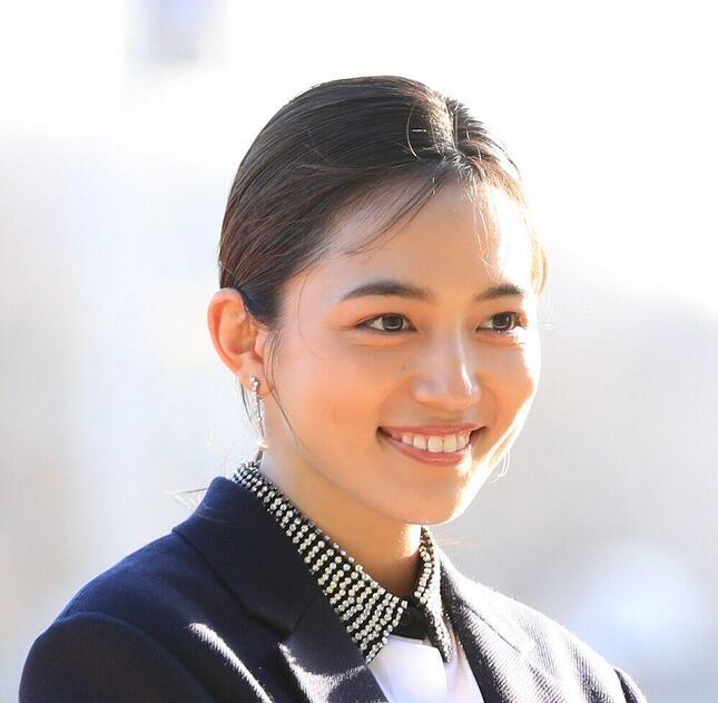 川口春奈さん(伊藤康夫/アフロ)