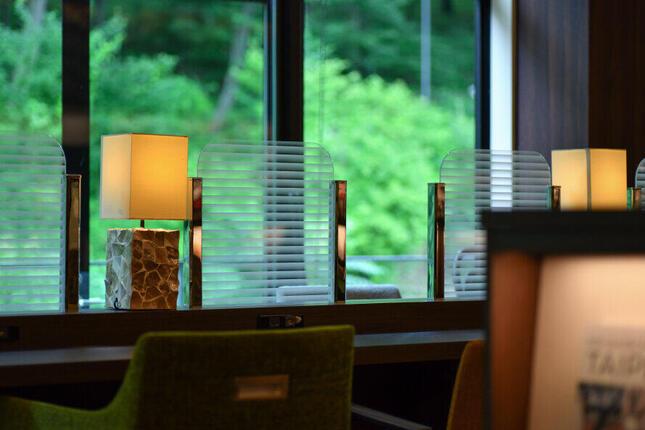 八王子店や名古屋守山本店は、まわりが緑の自然という環境が好評だという