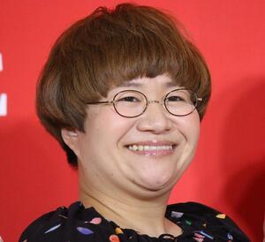 「BTS入れそう!」「似合っとる」 ハリセンボン春菜の「青髪」イメチェンに絶賛の声