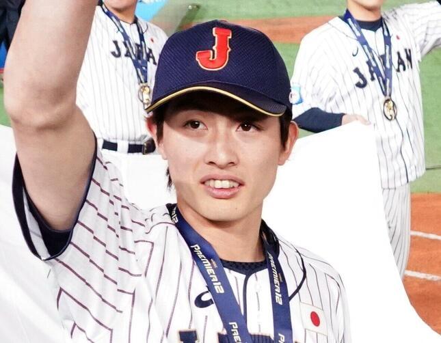 周東佑京選手(写真:Penta Press/アフロ)