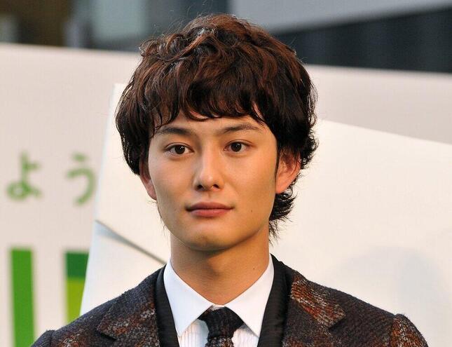 岡田将生さん(アフロ)