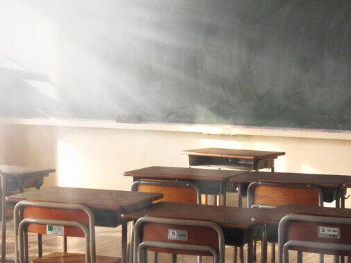 「社員教育」を学校現場に当てはめたが…(写真はイメージ)