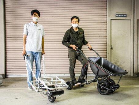 CuboRex代表の寺嶋瑞仁さん(右)と広報の樋脇誠治さん(左)