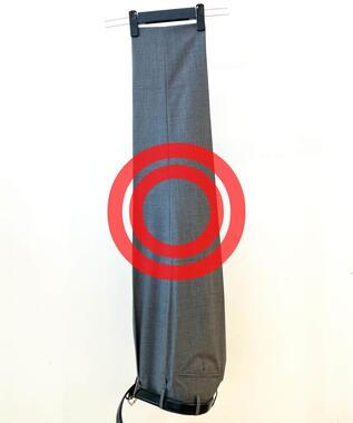 手軽なスーツパンツのしわ伸ばし方法