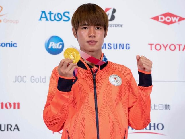 スケートボードで金メダルを獲得した堀米雄斗選手(写真:アフロスポーツ)