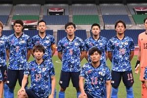 五輪サッカー「奇跡の1枚」に反響 吉田麻也とスぺイン選手のシンクロに「どうしてこうなった」