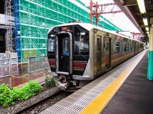磐越西線を走るGV-E400形