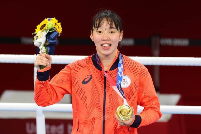 金メダルの快挙を達成した入江聖奈(写真:YUTAKA/アフロスポーツ)