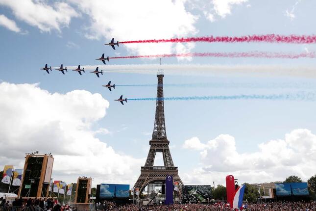 次回開催地パリと宝塚の強い縁も(写真:ロイター/アフロ)