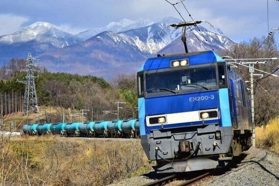 石油輸送の貨物列車