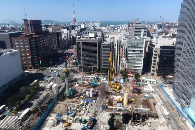 イムズ屋上からみた福ビルと天神コアの跡地(2021年3月撮影)