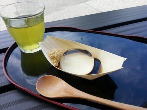 金精軒製菓の水信玄餅