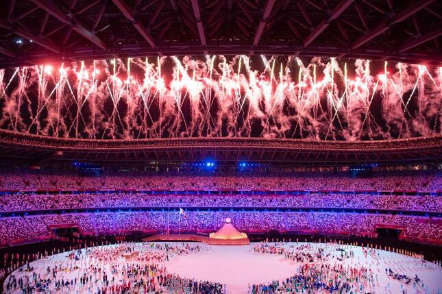 五輪開会式に「マツケンサンバ」待望論が生じたほどの日本人の「サンバ好き」の理由は?(写真:エンリコ/アフロスポーツ)