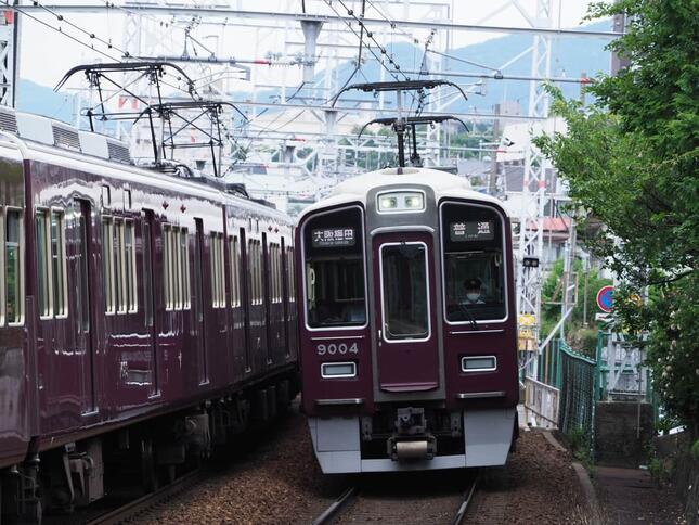 今後の鉄道趣味はどのように変化するのだろうか 写真は阪急9000系