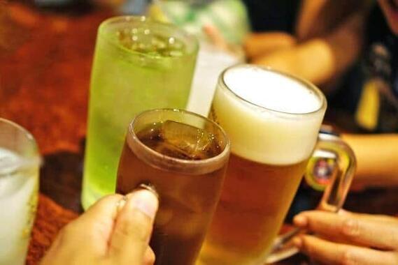 お酒の提供をめぐって店に不満が(写真はイメージ)