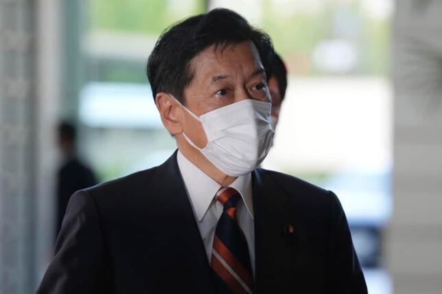 新しく就任した山口壯環境相(写真:AP/アフロ)