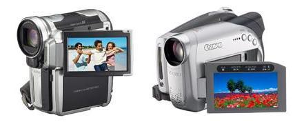 キヤノンが発売するHDVビデオカメラ「iVIS HV10」(左)とDVDビデオカメラ「iVIS DC22」(右)