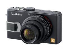 松下電器が発売する「LUMIX DMC-LX2」