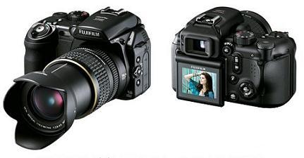 富士写真フイルムが発売するデジタルカメラ「FinePix S9100」
