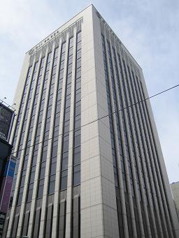 東京都中央区の王子製紙本社。野村証券は王子の財務アドバイザー(FA)を務めた
