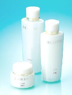 イトーヨーカ堂が発売する基礎化粧品『PEAU DE PERLE』