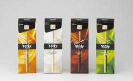 江崎グリコが発売する「ムースポッキー」。左から『クリーミー』『ホワイト』『ビター』『抹茶』