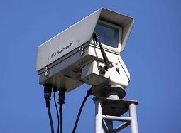 監視カメラでテロは抑止できるのか、議論は分かれそうだ