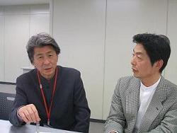鳥越俊太郎・オーマイニュース編集長(左)と大森千明・J-CASTニュース編集長(右)
