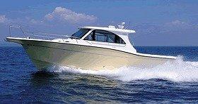 釣り機能と居住空間を兼ね備えたボート「FR-32」 ヤマハ発動機より発売