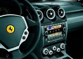 フェラーリ社とBOSE社が共同開発した「インフォテレマティックシステム」