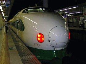 新幹線利用の「1泊忘年会」も多い