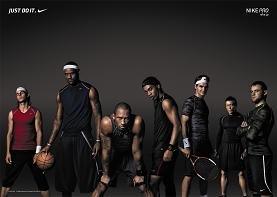 話題になっているナイキの広告。右から2番目が秋山選手