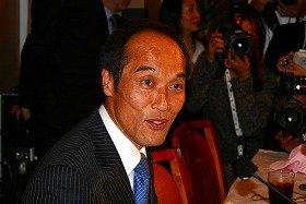 偽装ウナギやマスコミ出演問題の対応に追われている宮崎県の東国原英夫知事