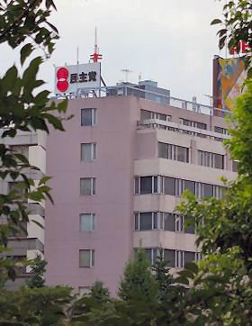 小沢代表が「留任」するとの見方が強まっている民主党