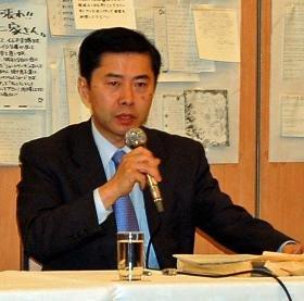 信頼回復対策会議の郷原議長は会見で「みの氏がテレビで謝罪すべき」と述べた