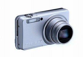 リコーが発売するコンパクトデジカメ「Caplio R7」