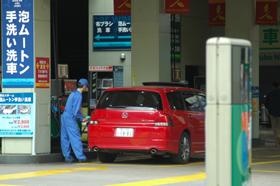 ガソリンスタンドは4月に購入殺到?