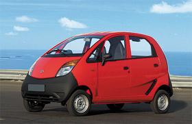 超低価格の小型車「ナノ」が世界的に話題を呼んだ