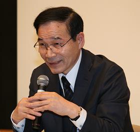 「包括契約に問題があるといわれてビックリ」と話すJASRAC加藤衛理事長