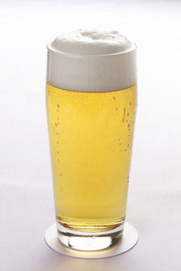 ビール各社は「オシャレ」な飲み方を提案している