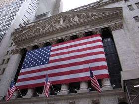ニューヨークの株式市場は、9・11以来の下げ幅を記録した