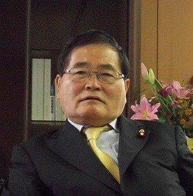 日本郵政の人事について語る亀井静香郵政・金融担当相