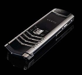 高級携帯電話VERTUの「Signature」モデル