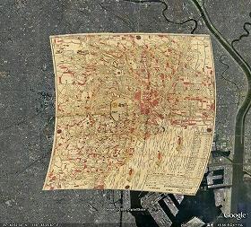 「グーグル・アース」では、衛星写真の上に古地図を重ねて表示できる