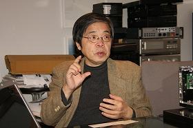 解雇規制の問題について話す池田信夫さん