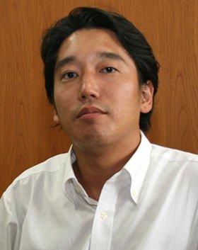 「高校での生徒会活動が政治家になるきっかけだった」という高橋亮平さん