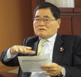 亀井静香郵政・金融担当相は国民新党の代表でもある