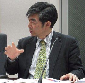 メディア業界の未来像について語る新保豊氏